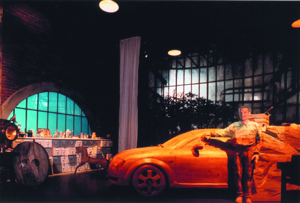 AUDI 2000
